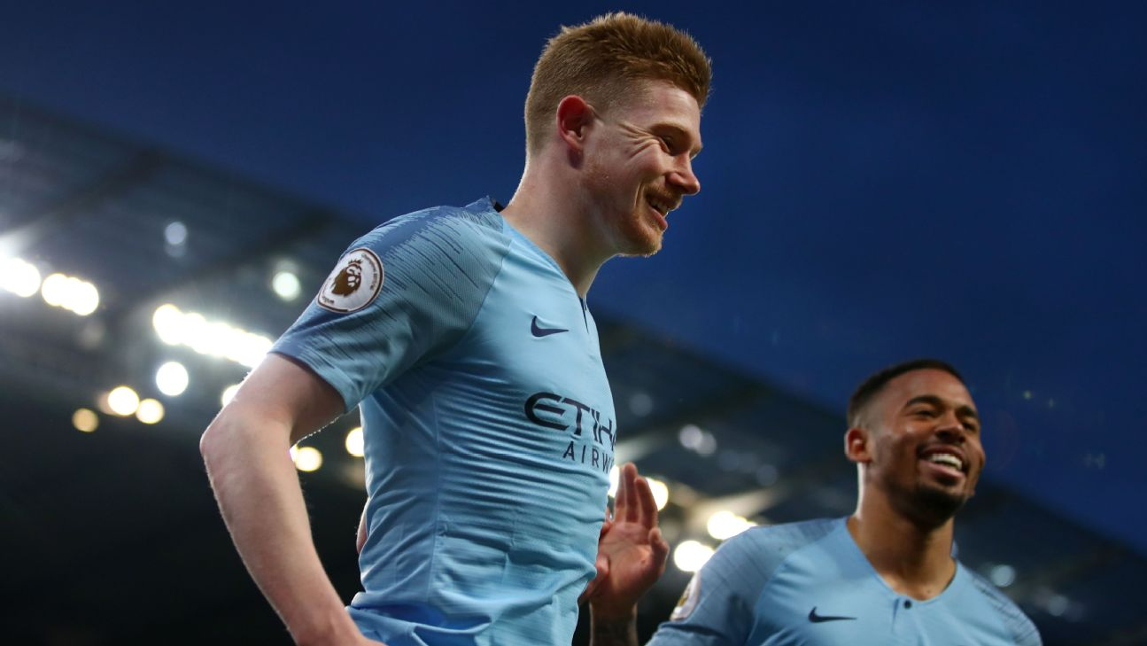 best sneakers ad507 2c739 Kevin De Bruyne, Phil Foden lead Man City back to the top ...
