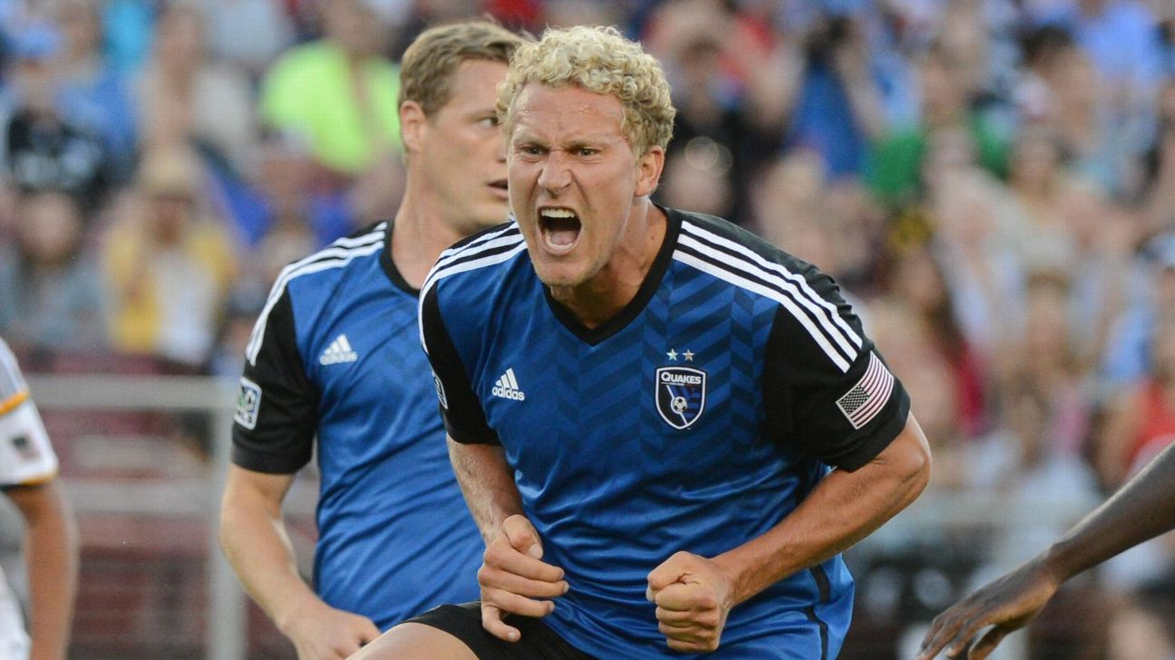 Steven Lenhart reacts during the San Jose Earthquakes' MLS match against the LA Galaxy.