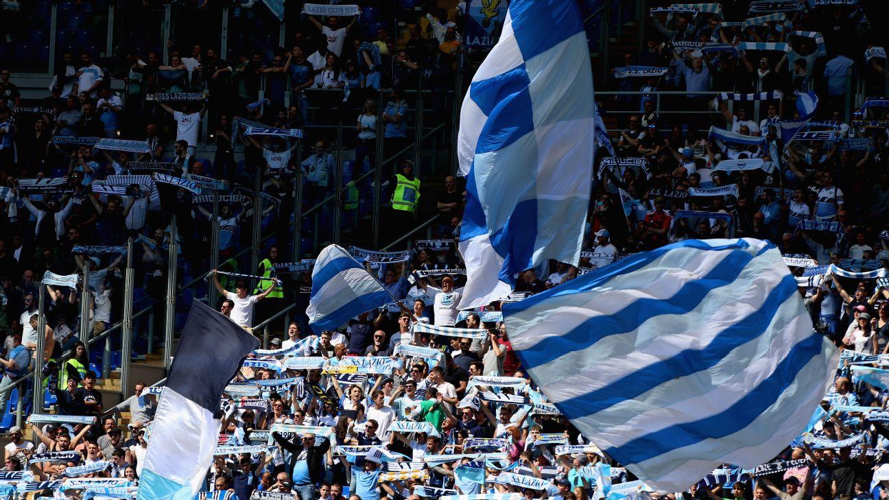 Lazio fans, flags