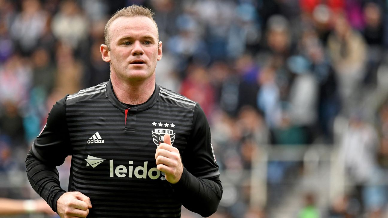 Wayne Rooney looks on during D.C. United's MLS match at Minnesota United.