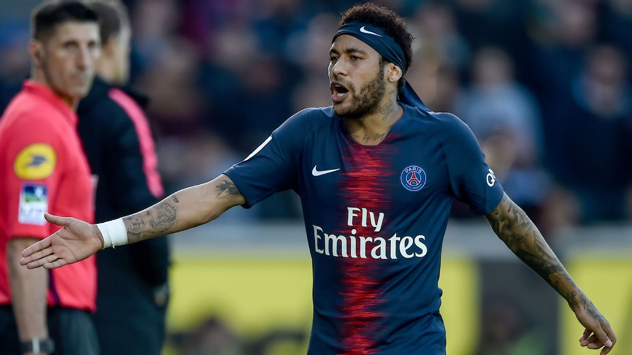 PSG say absent Neymar can leave for right offer 5