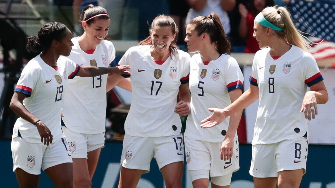 80b5a652f0a The United States missed several chances against Mexico but still earned a  comfortable win in New Jersey in their final match before the World Cup.