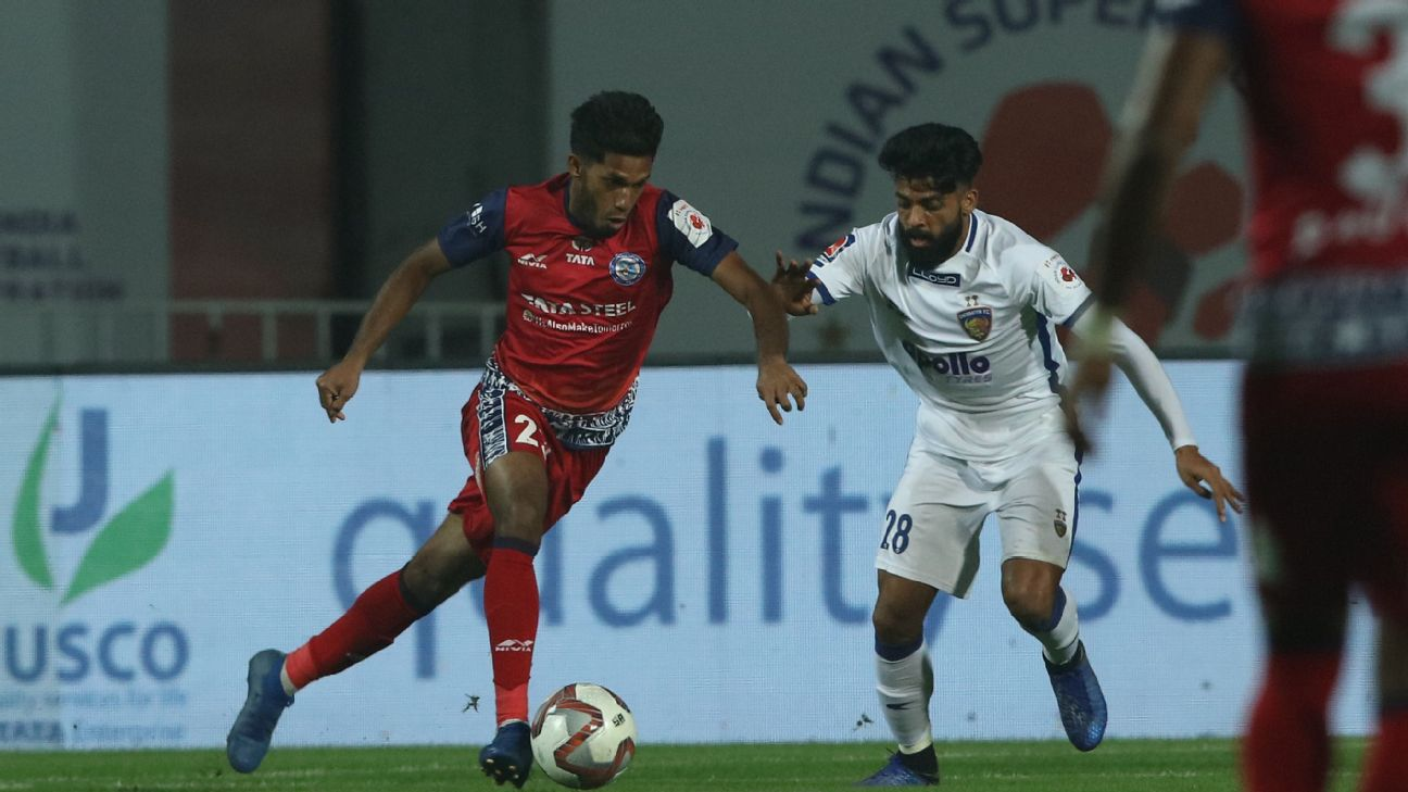 Michael Soosairaj and Germanpreet Singh compete for the ball during the ISL 2018-19 season.