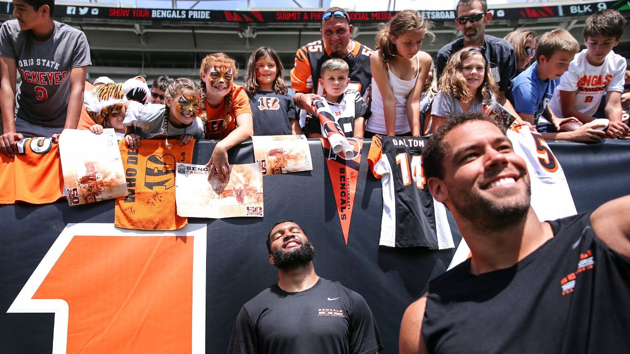Cincinnati Bengals have fun holding each other accountable
