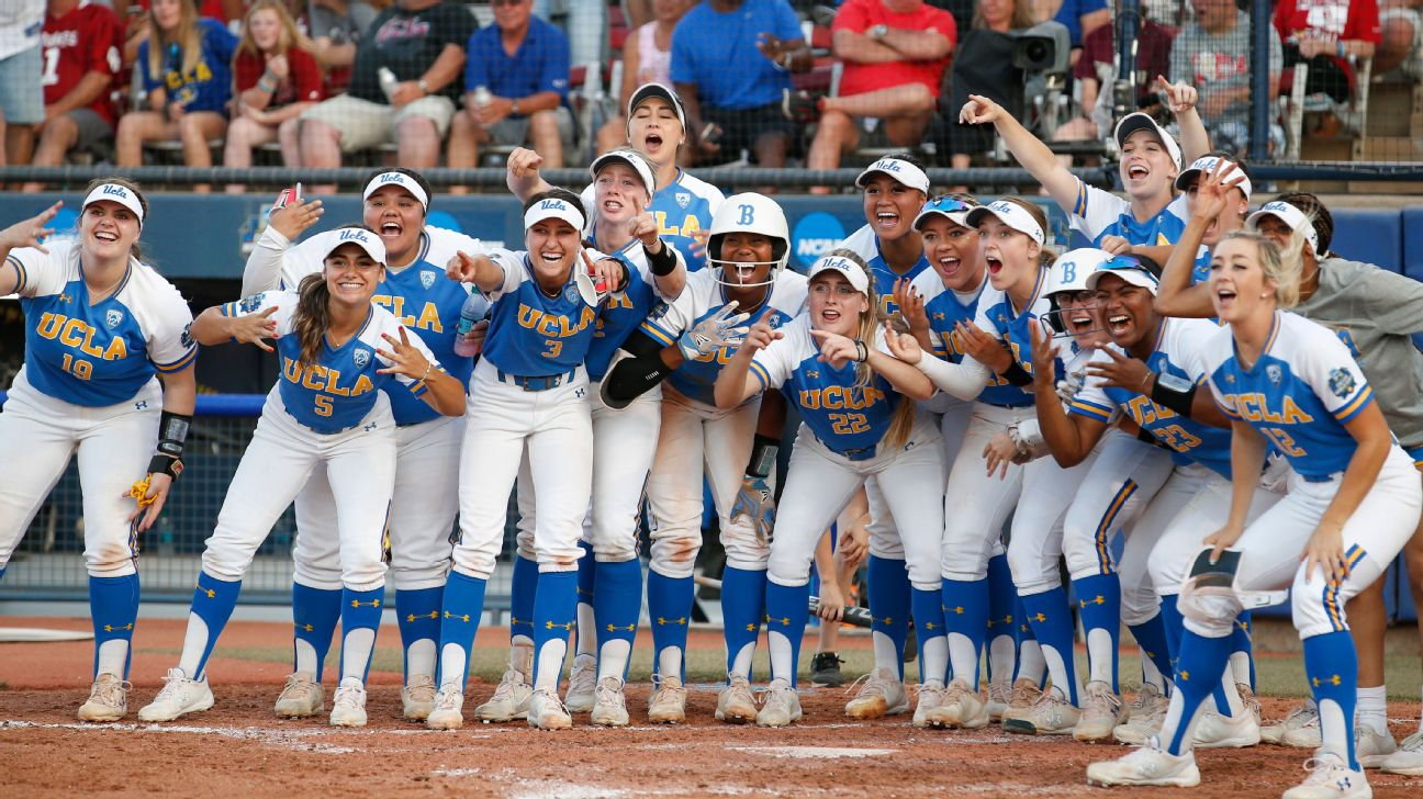 7512f68a4 UCLA hits four home runs in Game 1 win