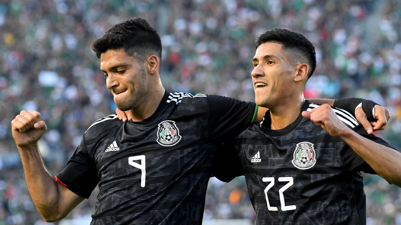 check out cf3ec 3edd3 Jimenez stellar but Antuna the perfect 10 in Mexico rout