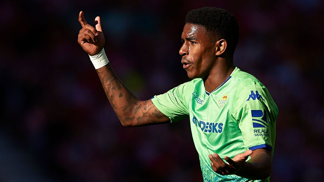 Junior Firpo of Real Betis is a rumoured target of Liverpool in the summer transfer window.