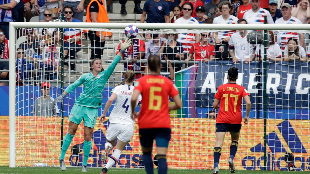 Alyssa Naeher bounced back nicely after an errant pass led to a Spain goal Monday at the Women's World Cup.