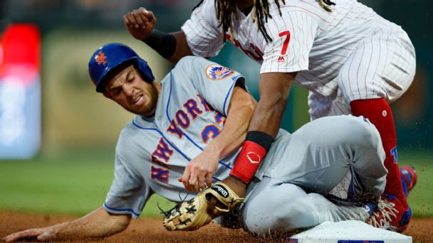 Mets, Phillies collide on their roads to nowhere