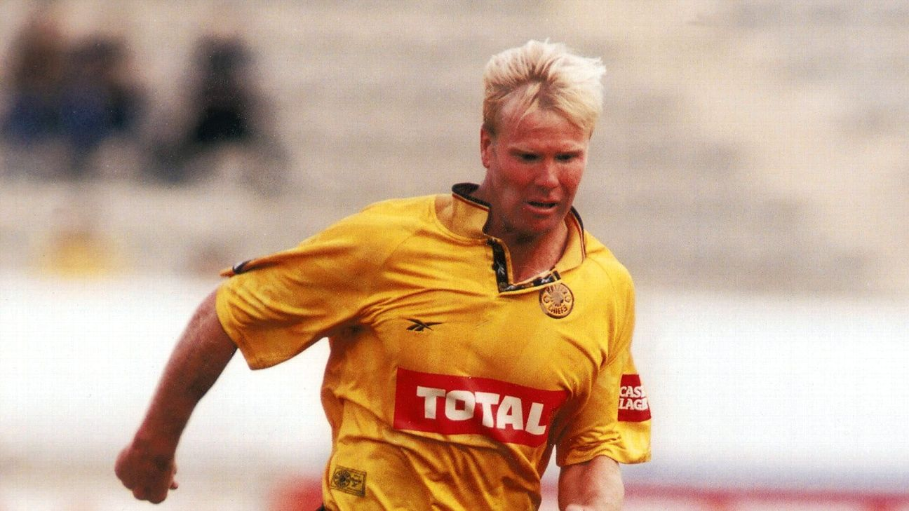 Marc Batchelor played for Kaizer Chiefs from 1997 to 2000, and ended his career with Moroka Swallows.