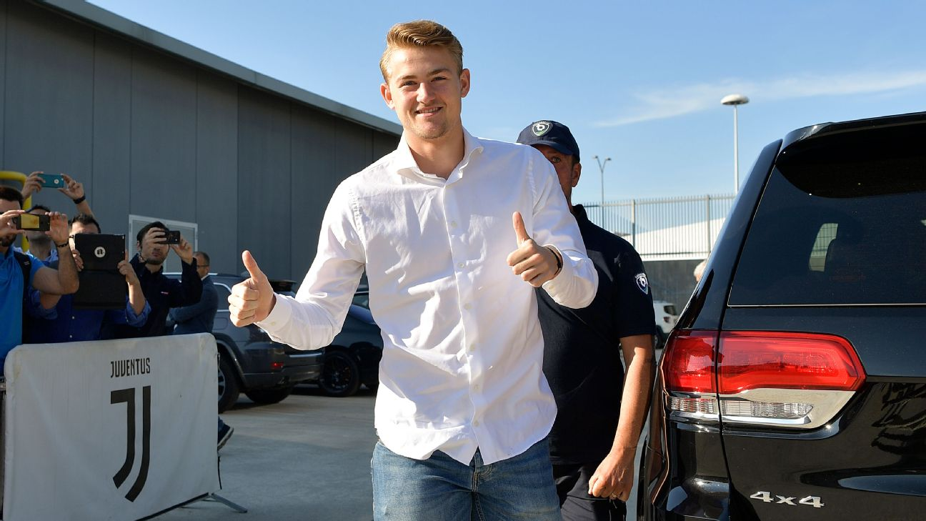 Juventus new signing Matthijs de Ligt attends the medical tests