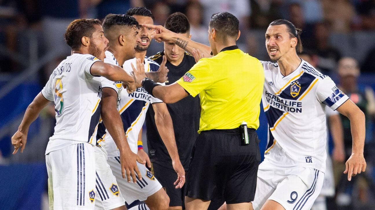 Zlatan Ibrahimovic, right, argues with the referee after a foul was called against the LA Galaxy in their match with LAFC.