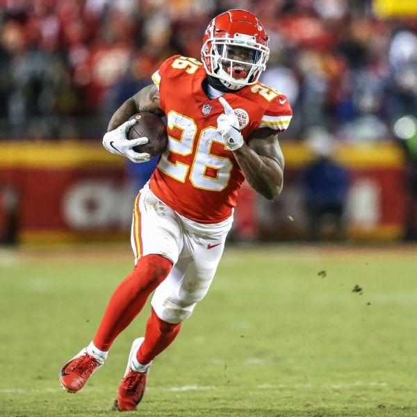 Deep at RB, Chiefs cut Super Bowl hero Williams