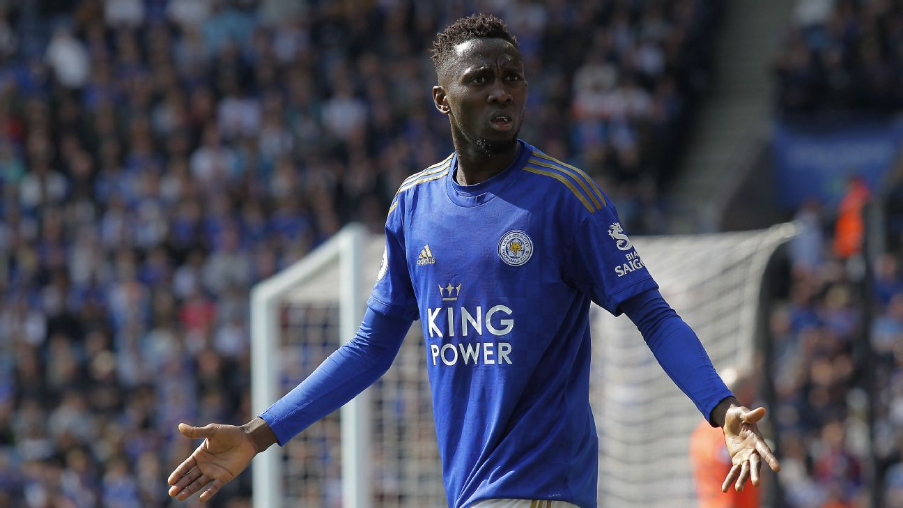 'Where my boys at?' - Wilfred Ndidi wonders where the other Nigeria players are in the Premier League. Probably.