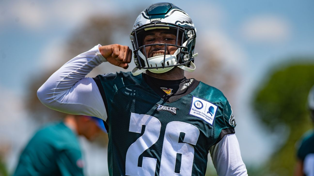 online store 0ee9c abe6d Miles Sanders opening eyes at Eagles camp: 'Everything that ...