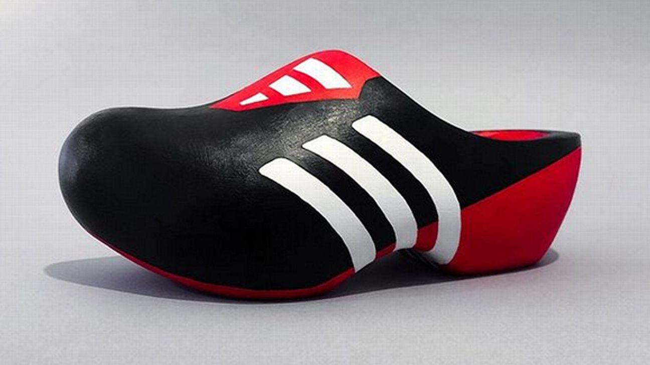 Toe Poke Daily: Classic boots of Ronaldo, Beckham, Owen re-imagined .... as clogs 1