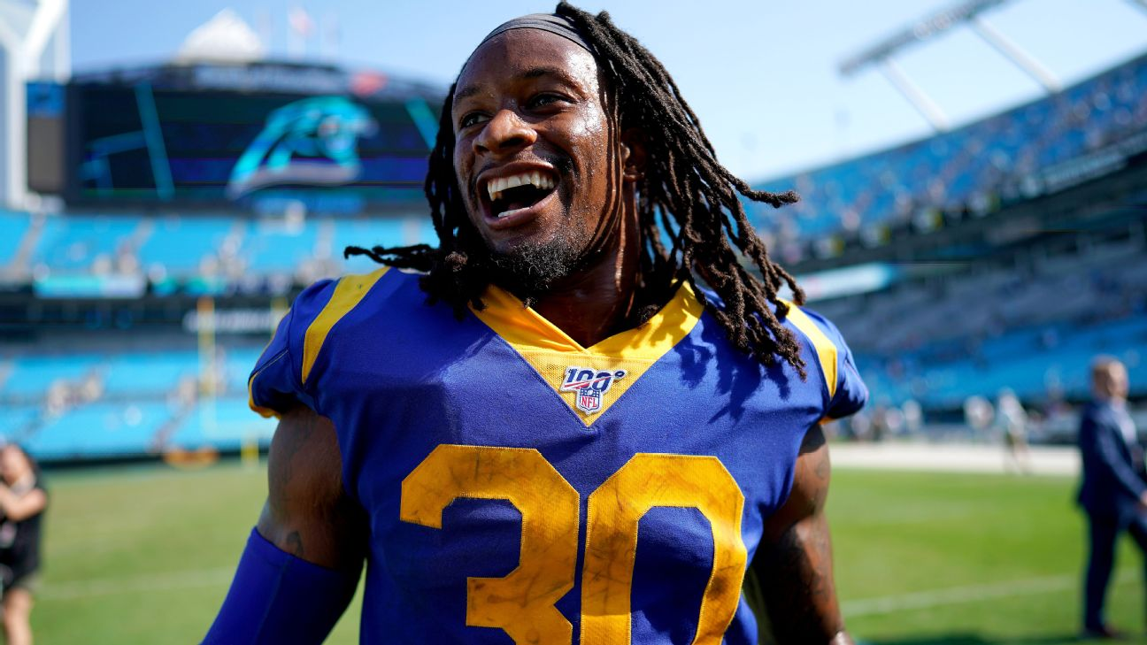 Todd Gurley's load lighter, but Rams relied on him in fourth