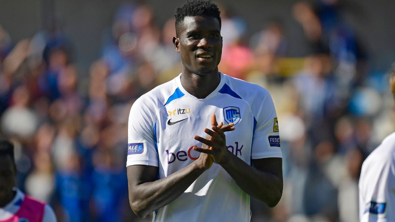 Paul Onuachu is hoping to press his claims to replace Odion Ighalo in Nigeria's national team having moved to Genk.