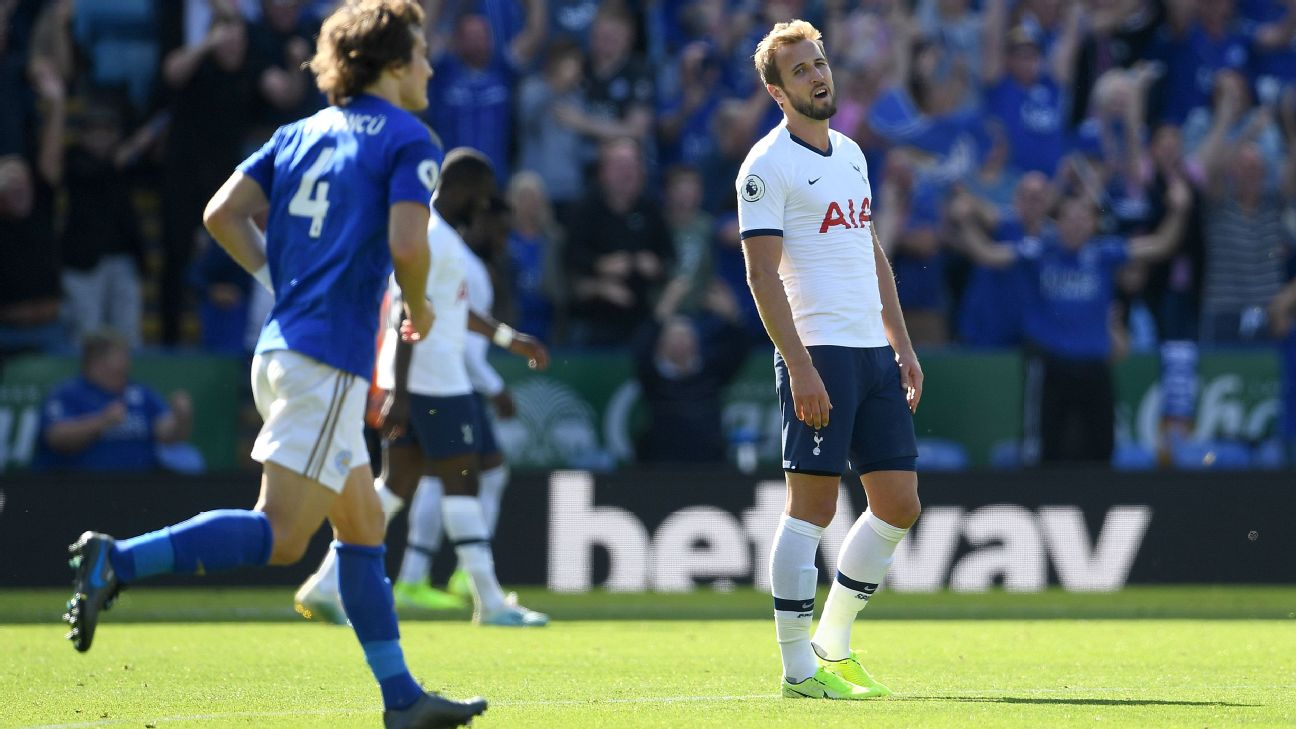 Harry Kane looks on during Tottenham's Premier League loss to Leicester City.