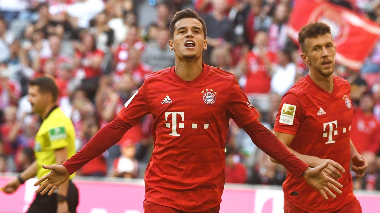 Bayern's Philippe Coutinho celebrates his goal