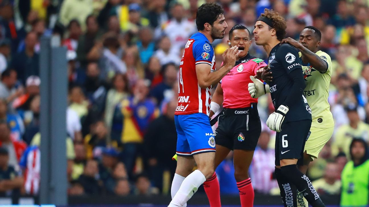 Guillermo Ochoa, right, of America was involved in an altercation with Chivas defender Antonio Briseno on Saturday.