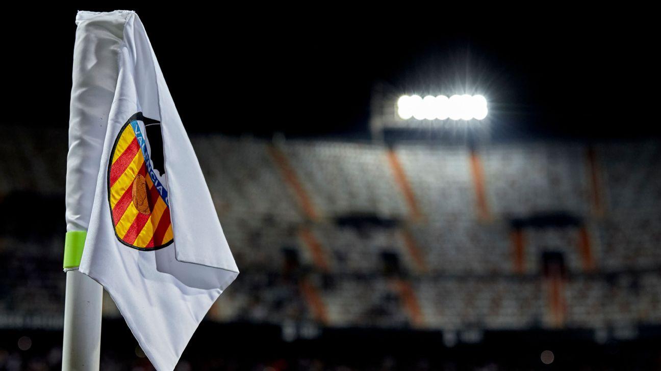 Valencia corner flag