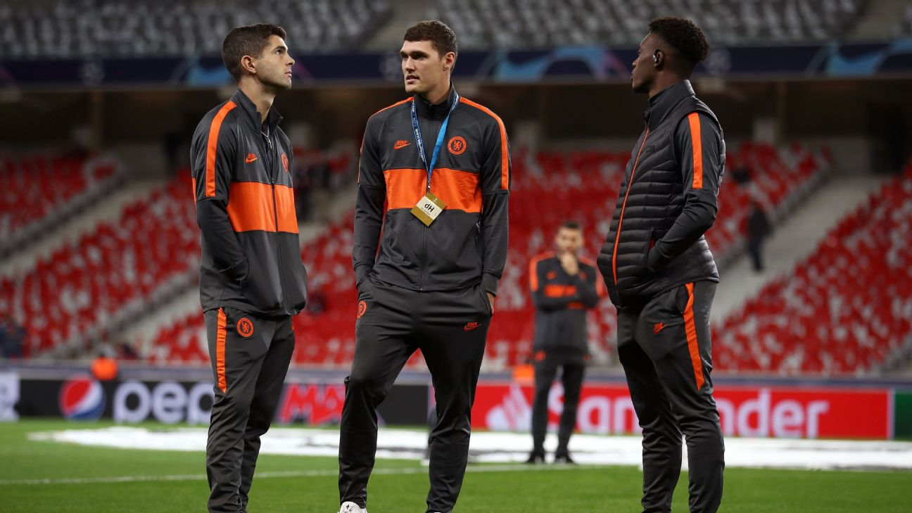 Andreas Christensen with Christian Pulisic and Callum Hudson-Odoi