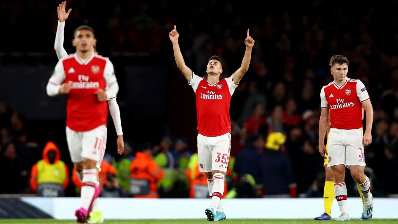 Gabriel Martinelli celebrates after scoring in Arsenal's Europa League match against Standard Liege.