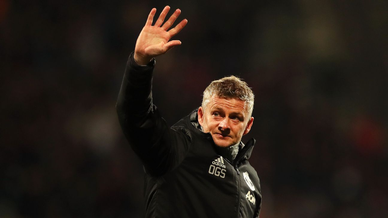 Ole Gunnar Solskjaer salutes supporters after Manchester United's Europa League draw at AZ Alkmaar.