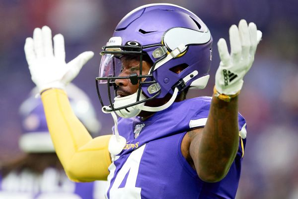Vikings not moving on from WR Diggs, says GM