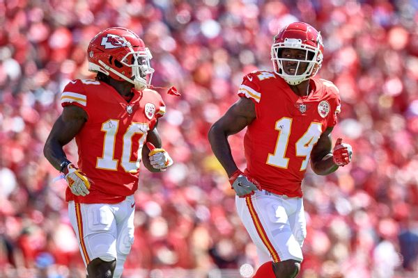 Tyreek Hill to return for Chiefs; Sammy Watkins out