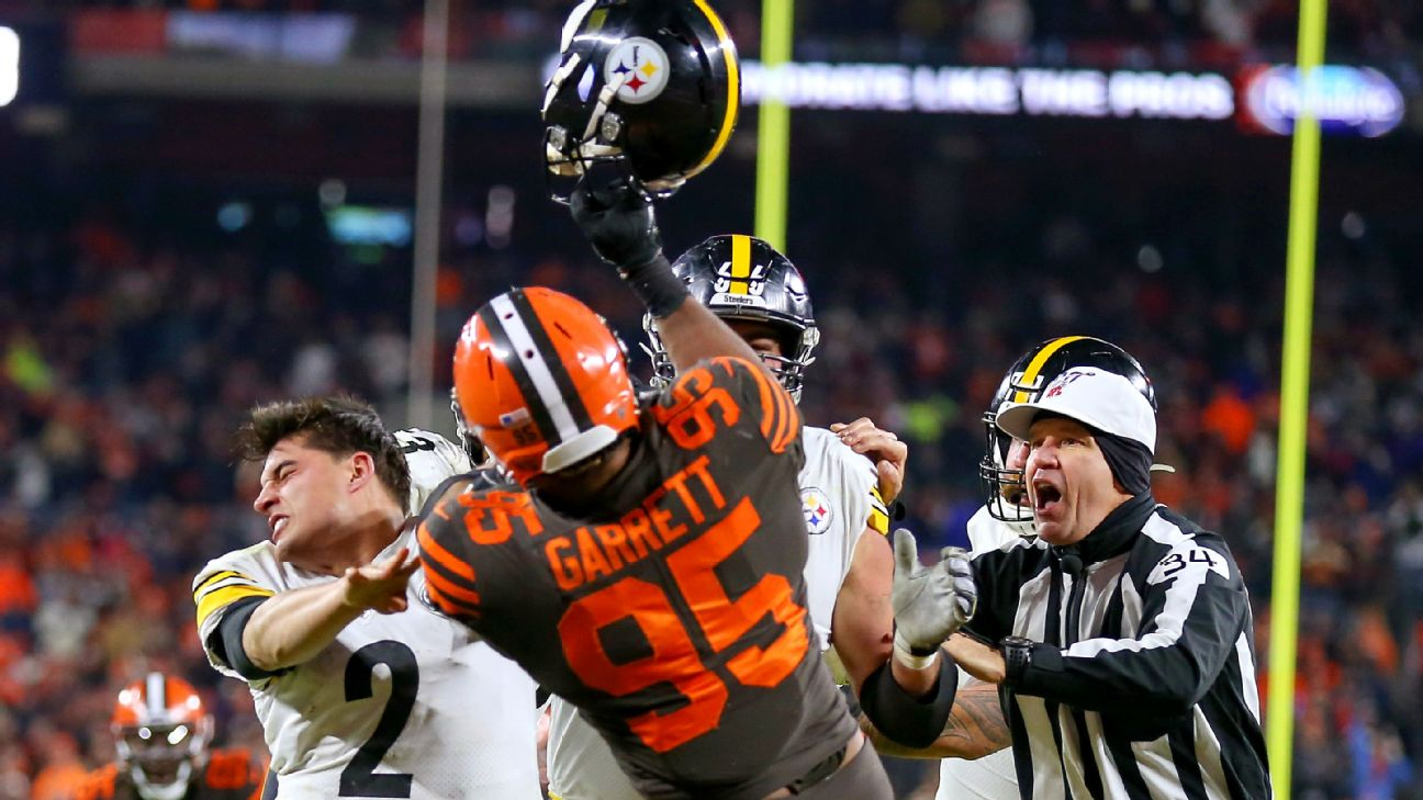Browns Myles Garrett Suspended Indefinitely Steelers Maurkice Pouncey Gets 3 Game Ban
