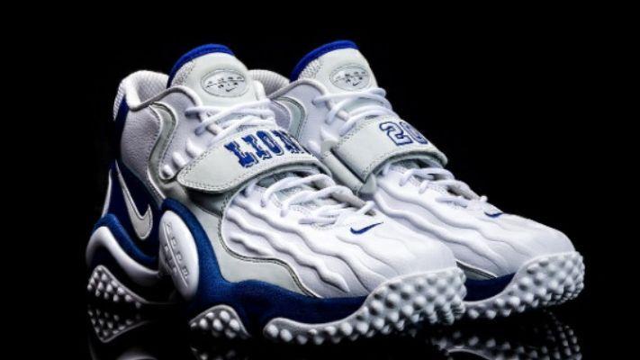 Banco de iglesia Garantizar salvar  Nike produce edición limitada de tenis en honor de Barry Sanders
