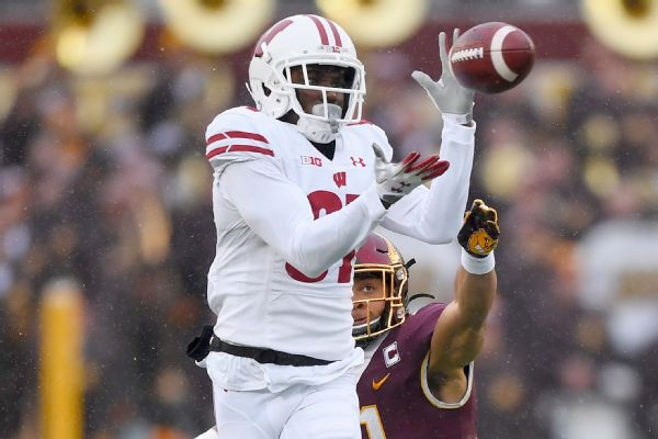 Ex-Wisconsin WR Cephus files suit against school