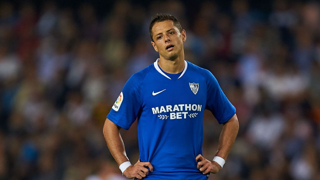 Chicharito, Sevilla