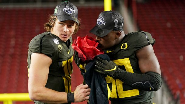 What's keeping the Pac-12 from a spot in the College Football Playoff