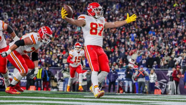 Playoff picture: Chiefs, Ravens clinch spots in AFC, 49ers jump in NFC