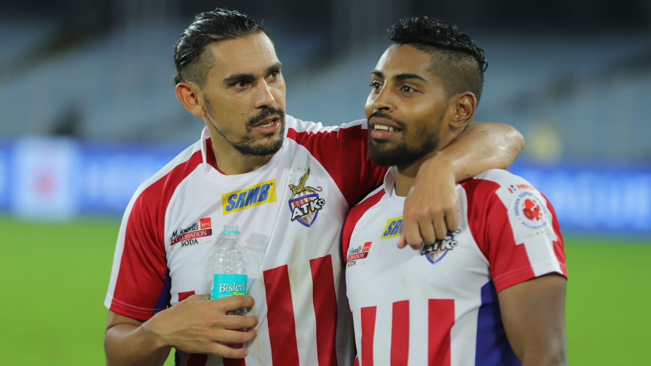 David Williams (left) and Roy Krishna have scored 10 of ATK's 15 goals this season.