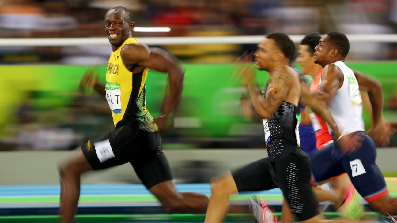 Most Memorable Sports Photos Of The Decade