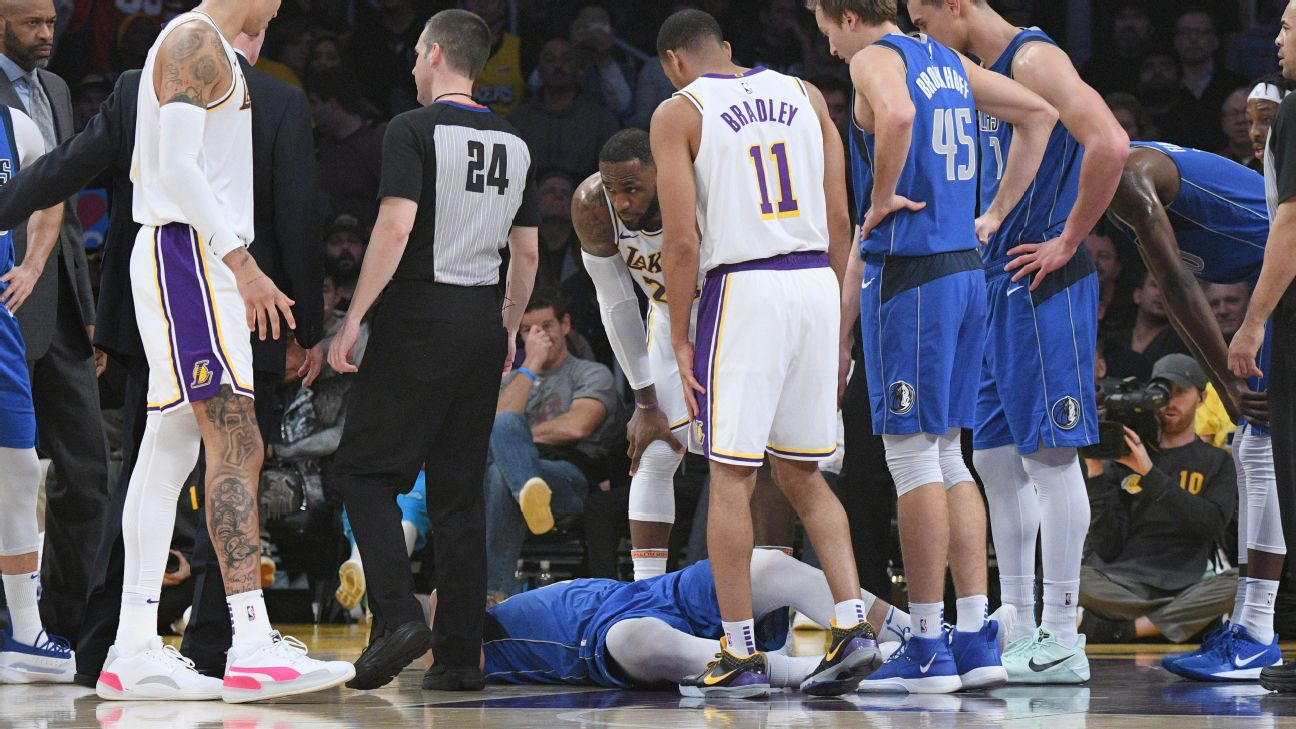 Mavs Luka Doncic Briefly Enters Concussion Protocol After