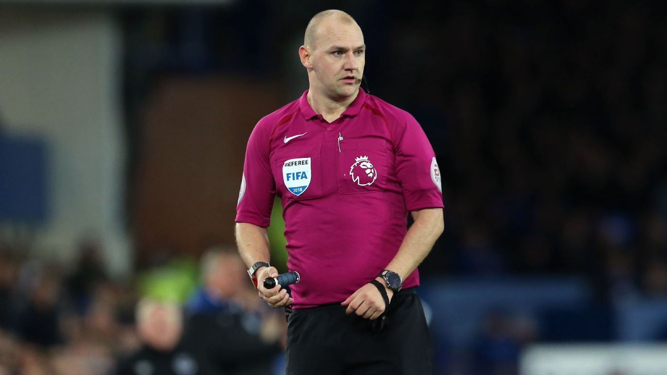 Former Premier League ref sacked for offensive video - ENGLISH FOOTBALL 1