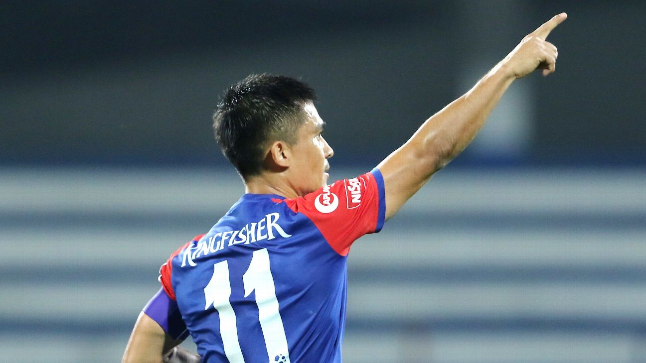 Sunil Chhetri celebrates his goal against Goa.