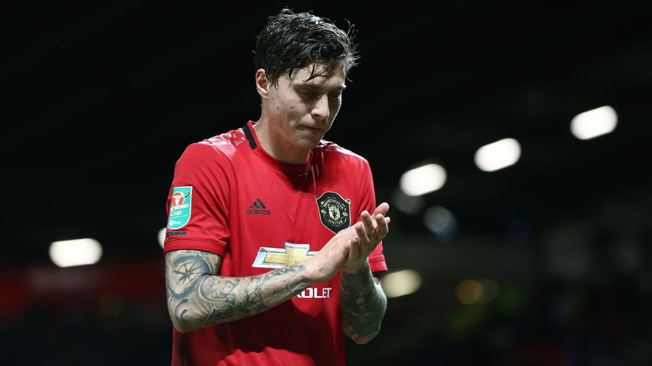 Victor Lindelof looks on following Manchester United's Carabao Cup defeat to Manchester City.