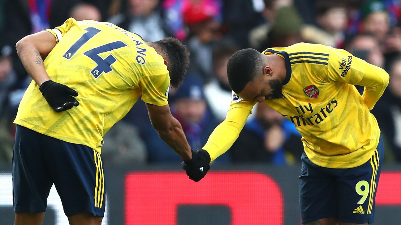 Pierre-Emerick Aubameyang celebrates his goal for Arsenal vs. Crystal Palace.