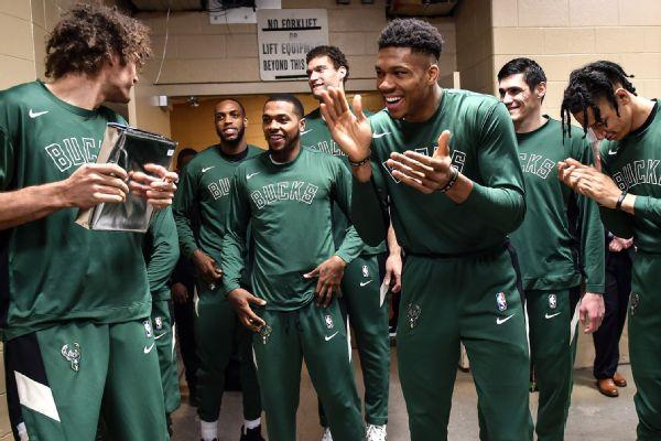 Bucks keep good vibe going, minus Lopez