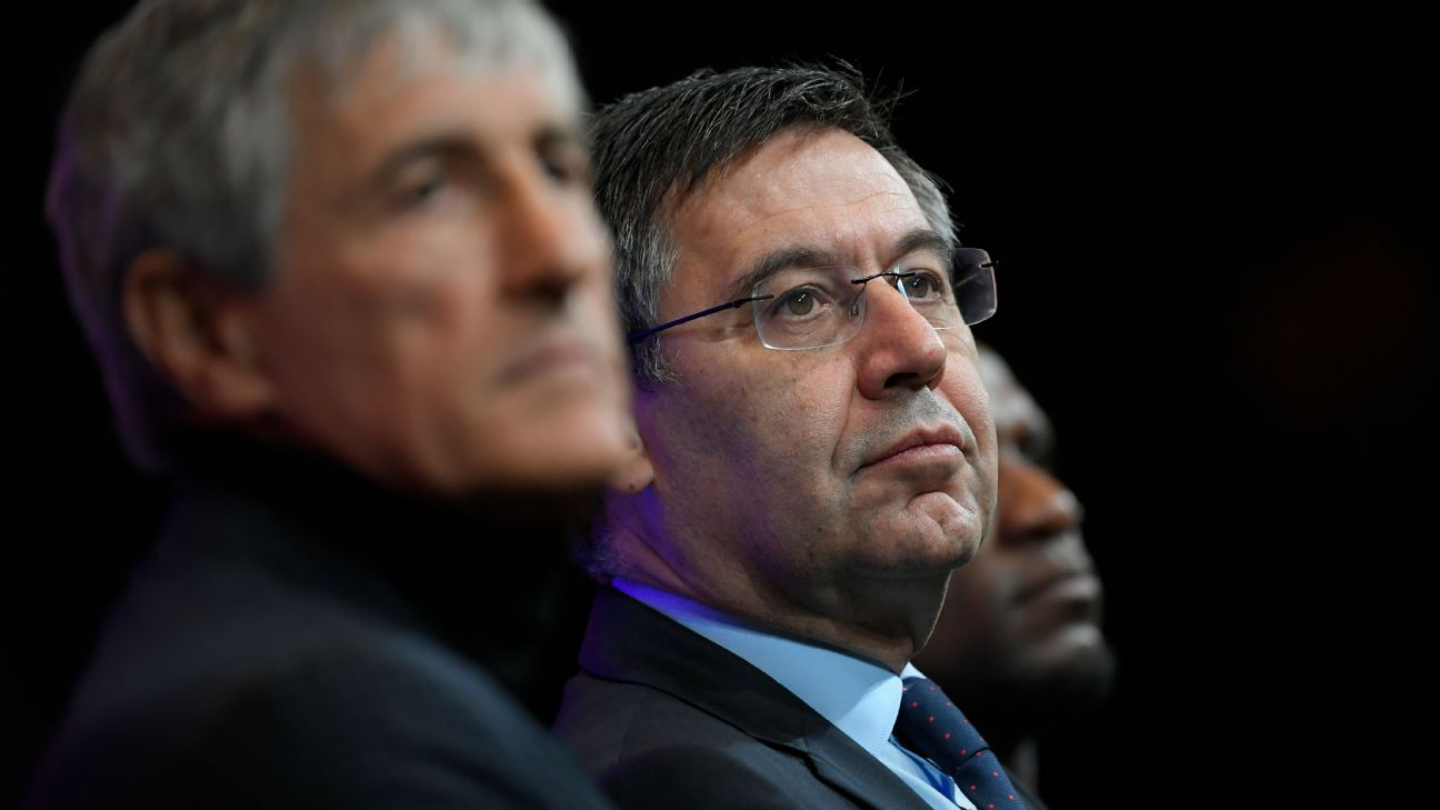 Josep Bartomeu looks on during Barcelona's introduction as Quique Setien as the club's new manager.