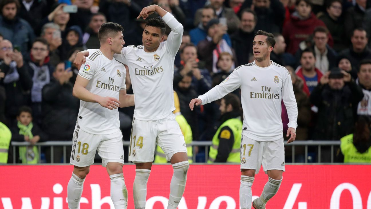 Casemiro of Real Madrid celebrates 1-0 with Jovic of Real Madrid