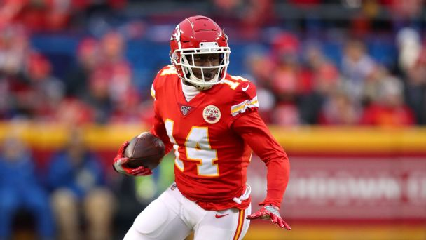 Best of Sunday at NFL training camps: Sammy Watkins takes less to stay put; officials reach opt-out deal