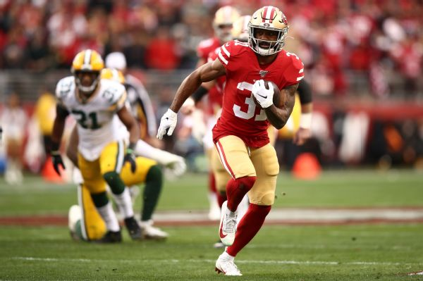 49ers' Mostert bullies Pack with 220 yards, 4 TDs