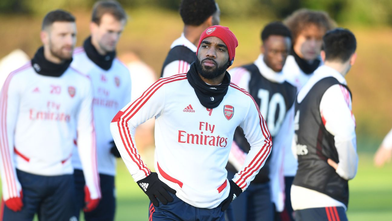 Alexandre Lacazette doing everything but score for Arsenal at the moment, but don't worry